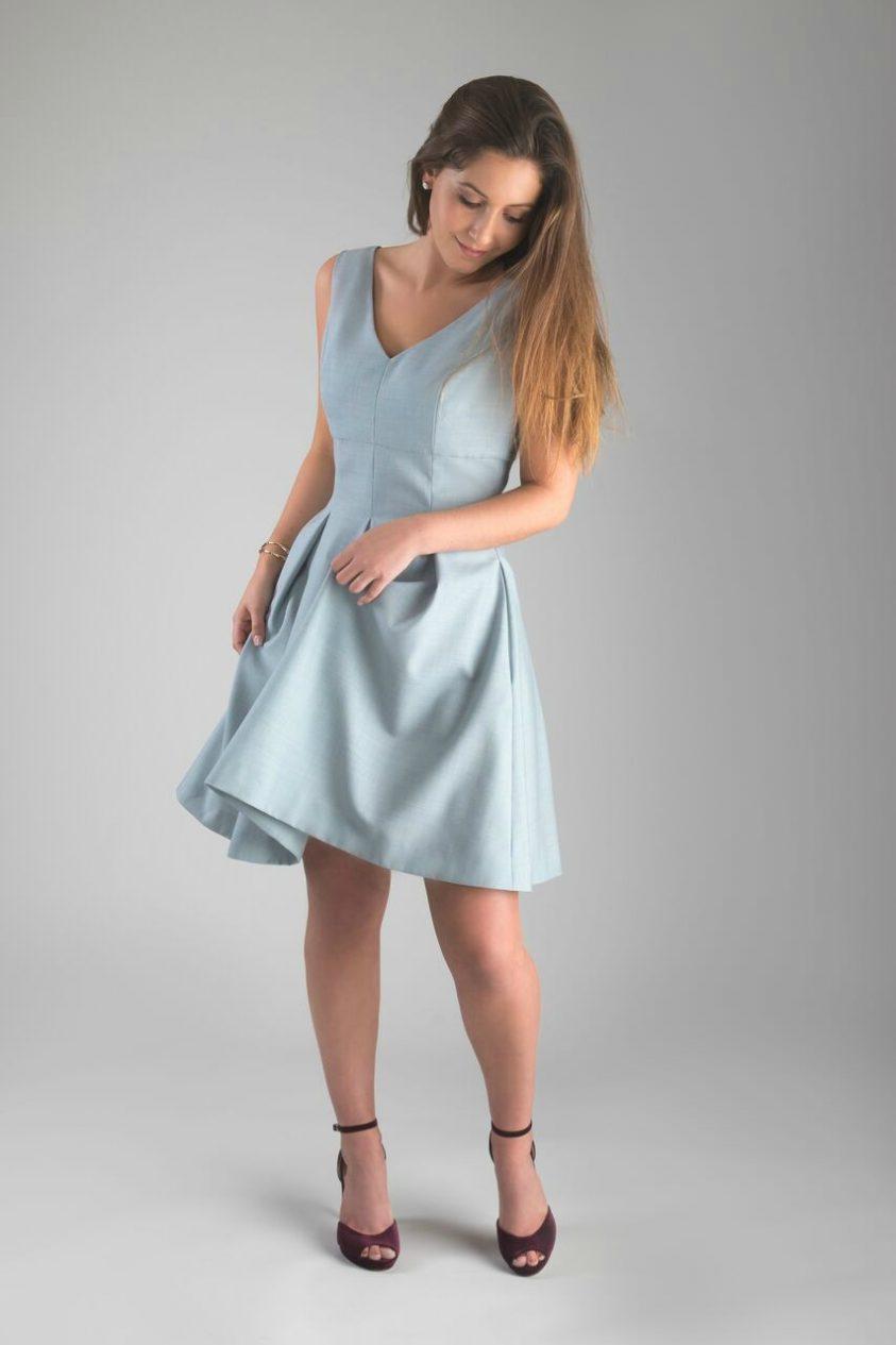 kendra_dress_movement_full_lookdown-aliceandann